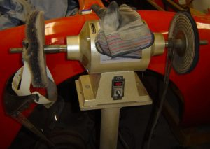 Buffer/polisher with face shield and gloves