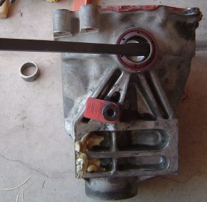 Removal of stub axle oil seals in a Dana 36 carrier