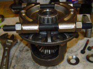 Using bearing splitter to remove differential bearings on Dana 36